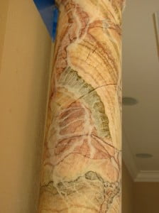 Onyx marblized columns