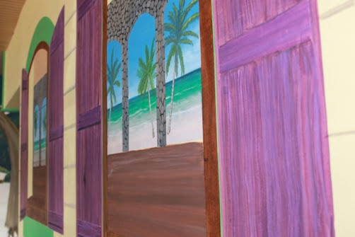 Marco Island Restaurant Murals at The Islander Newest Attraction and Entertainment